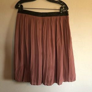 Pleated Skirt with Faux Leather Band